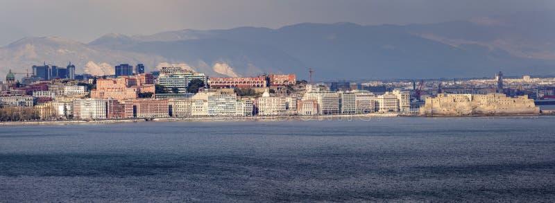 Панорама Неаполь на заходе солнца стоковые фотографии rf