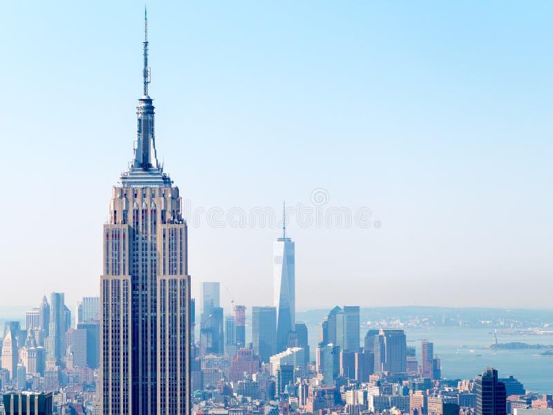 Панорама Нью-Йорка с Эмпайром Стейтом Билдингом стоковая фотография rf