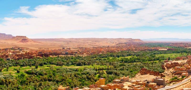 Панорама оазиса Tinghir, Марокко стоковые фотографии rf
