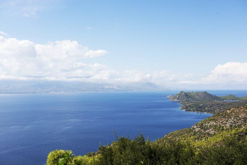 Панорама области Коринфа в Греции стоковые фотографии rf