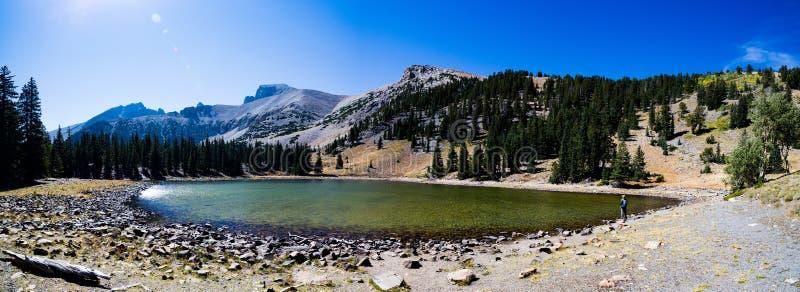 Панорама озера Стелла в большом национальном парке таза стоковая фотография rf