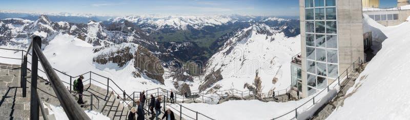 панорама определения Швейцарии станции горы saentis высокая стоковое изображение