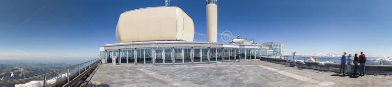 панорама определения Швейцарии станции горы saentis высокая стоковые фото