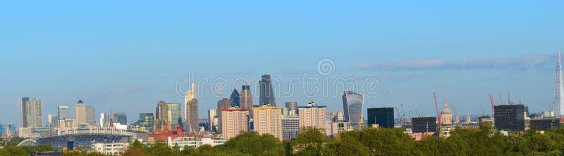Панорама ориентир ориентиров горизонта Лондона стоковые изображения
