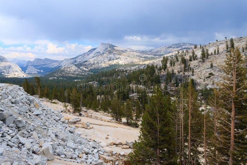 Панорама от национального парка Yosemite стоковое фото rf