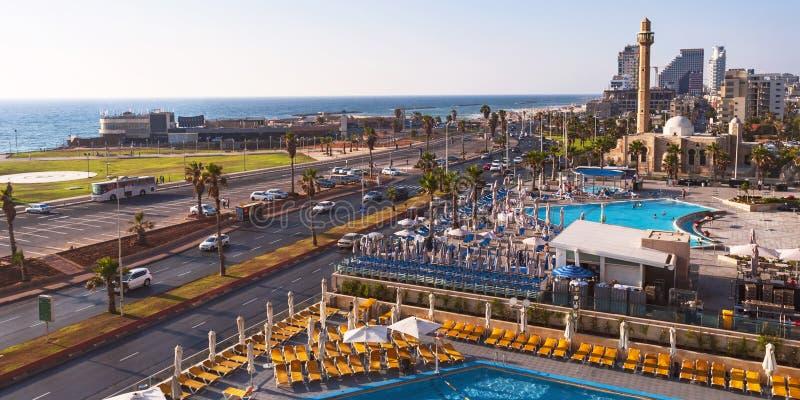 Панорама пляжа Frishman в Тель-Авив, Израиле стоковые фотографии rf