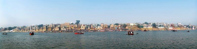 Панорама принятого города портового района Варанаси Индия стоковая фотография rf