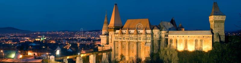 Панорама Румыния замка Hunyad стоковые фотографии rf