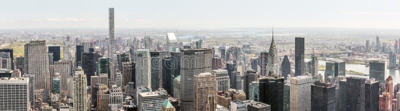 Панорама улиц и небоскребов Нью-Йорка стоковое изображение rf