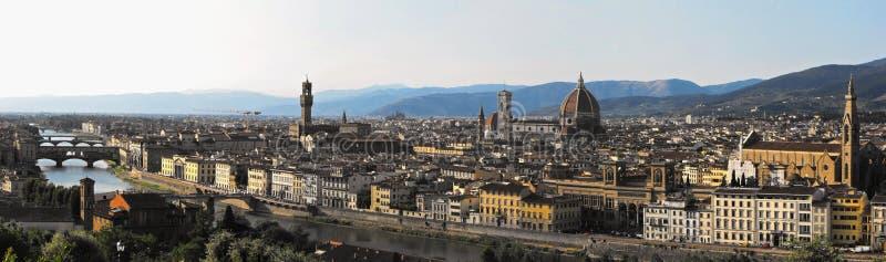 Панорама Флоренс с главными наземными ориентирами ренессанса стоковое изображение rf
