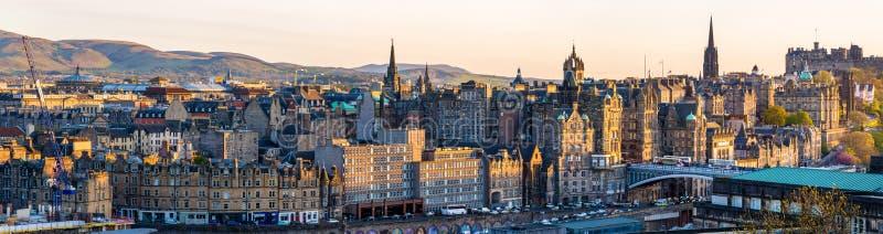 Панорама центра города Эдинбурга стоковое изображение