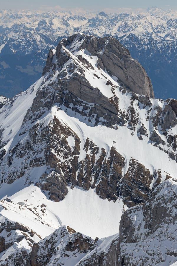 панорама Швейцарии горной цепи стоковое фото