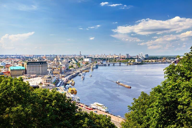 Download панорама kiev стоковое изображение. изображение насчитывающей городск - 120529651
