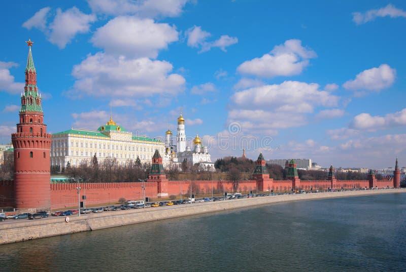 панорама kremlin обваловки стоковое изображение rf