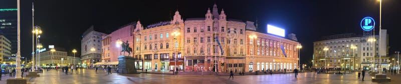 Панорама nighttime квадрата ‡ iÄ  JelaÄ запрета стоковая фотография rf