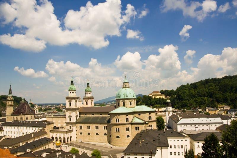 Download панорама salzburg стоковое изображение. изображение насчитывающей зодчества - 6855941