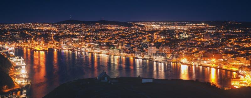 Панорама St. John вечером стоковое фото rf