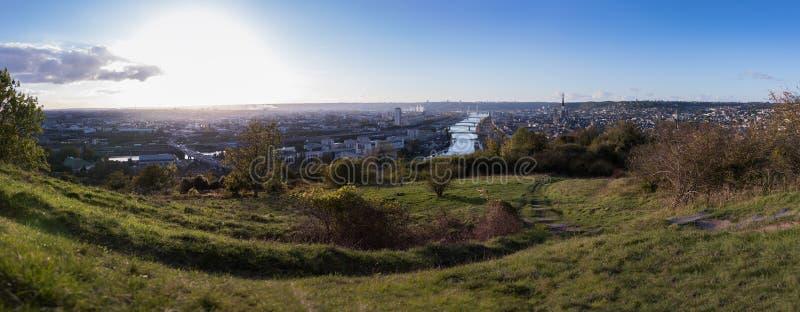 Панорамное фото Руана - Франции стоковое изображение