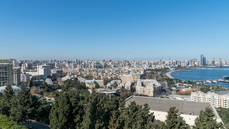 Панорамный взгляд города Баку, Азербайджана стоковое изображение