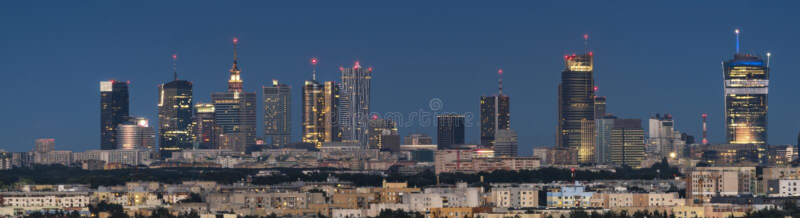 Панорамный взгляд города Варшавы городской стоковые фотографии rf