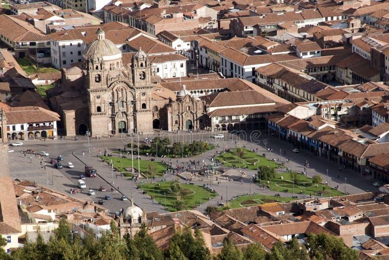 Панорамный взгляд города Cuzco, с ясным голубым небом стоковые изображения rf