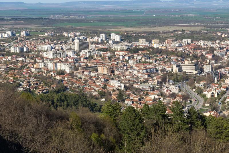 Панорамный взгляд города Shumen, Болгарии стоковая фотография