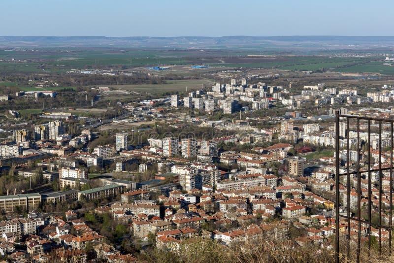 Панорамный взгляд города Shumen, Болгарии стоковые изображения