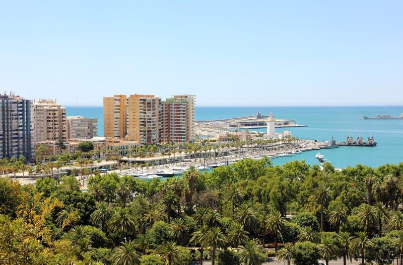 Панорамный взгляд Малаги с гаванью, Андалусией, Испанией стоковая фотография rf