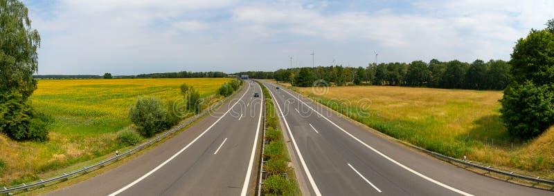 Панорамный взгляд на Bundesautobahn 13 стоковое изображение