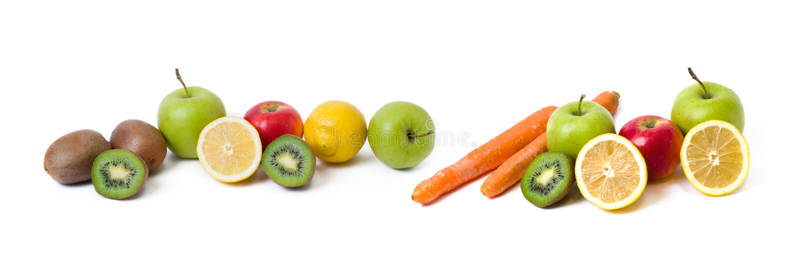 Панорамный взгляд плодоовощи на белой предпосылке Лимон с яблоками и киви на белой предпосылке Киви с лимоном на задней части бел стоковое изображение rf