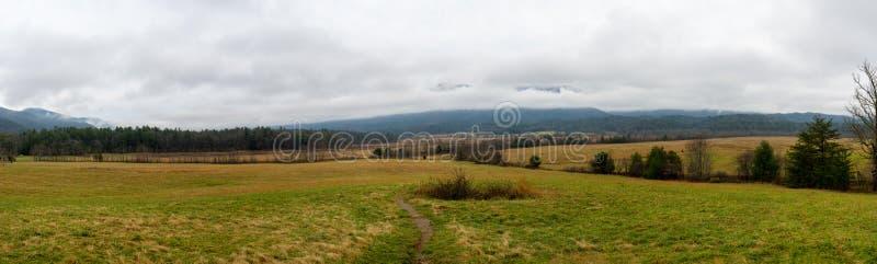 Панорамный взгляд бухточки Cades стоковые изображения