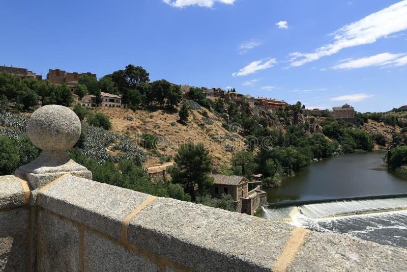 Панорамный взгляд города Toledo, Испании стоковые фотографии rf