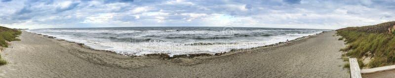 Панорамный взгляд грозы причаливая побережью, Флориде стоковое фото rf