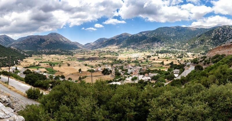 Панорамный взгляд долины на острове Крита, Греции стоковая фотография rf