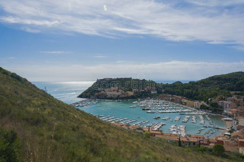 Панорамный взгляд Порту Ercole стоковые фотографии rf