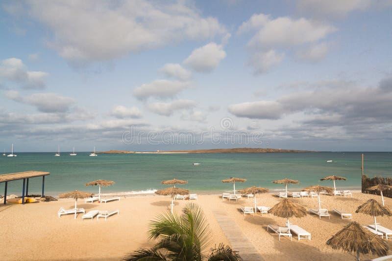 Панорамный взгляд пляжа перспективы горжетки острова, Кабо-Верде стоковое фото