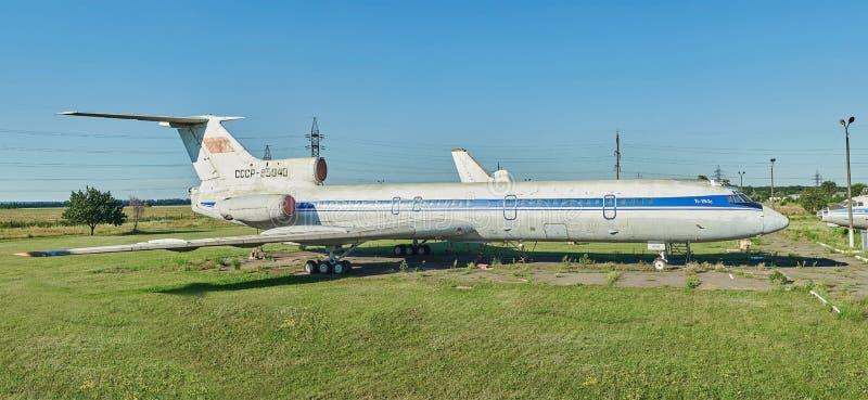 Панорамный взгляд старого советского Туполева воздушных судн TU-154 стоковое фото