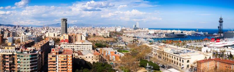 Панорамный взгляд части взморья Барселоны от Montjuic стоковые фото