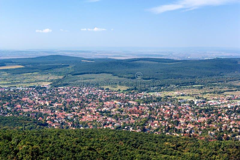 Панорамный взгляд Budakeszi, Венгрии стоковая фотография rf
