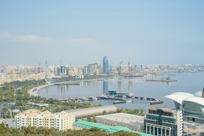 Панорамный вид Баку воздушный Баку, Азербайджана стоковые фото