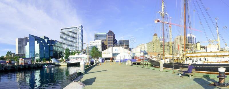Панорамный вид гавани и центра города, в Halifax стоковое фото rf