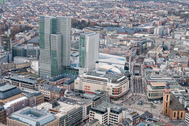 Панорамный вид на город Франкфурт - финансовый центр Германии Европа стоковая фотография