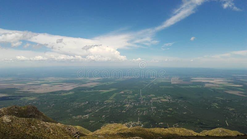 Панорамный вид Merlo, San Luis Аргентины стоковое фото