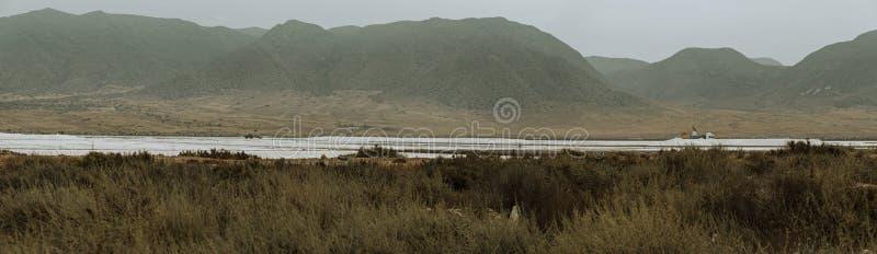 Панорамный вид Salinas Las на побережье Альмерия стоковые фотографии rf