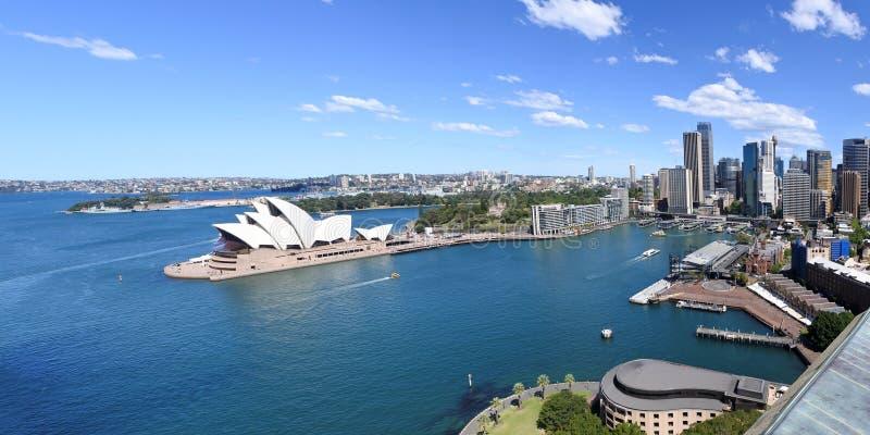 Панорамный вид с воздуха набережной Сиднея круговой в Сиднее новом Sout стоковые фотографии rf