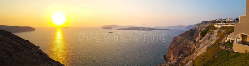 Панорамный заход солнца над морем стоковые фотографии rf