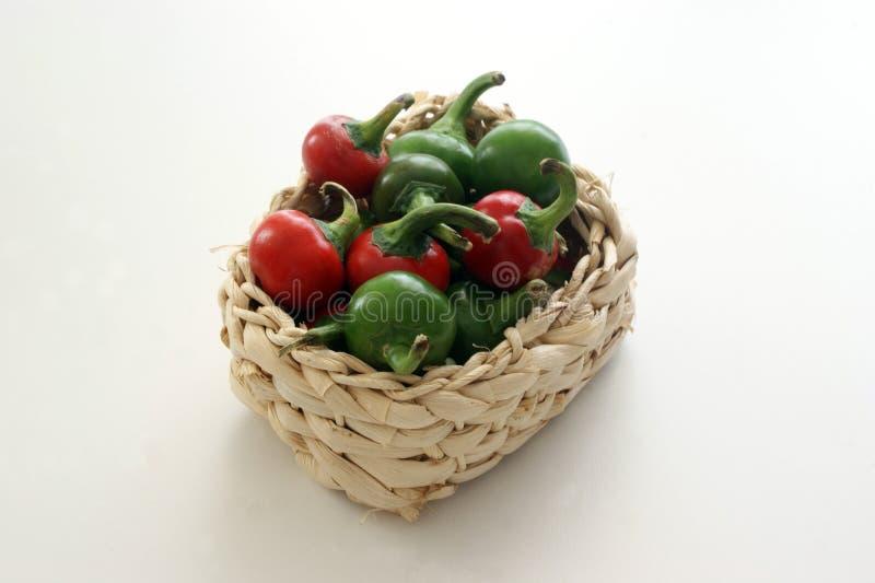 паприка вишни корзины органическая стоковое фото