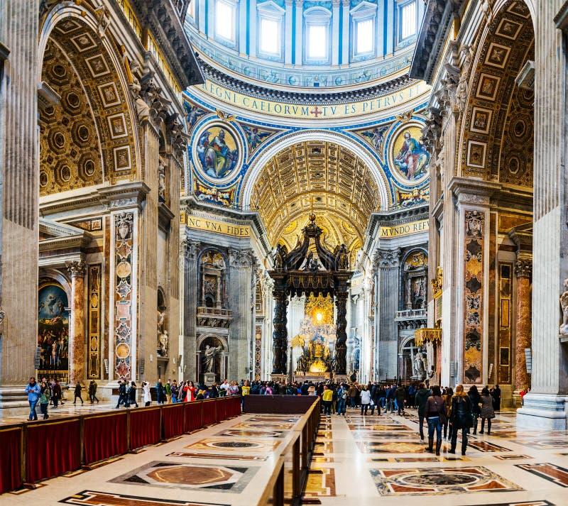 Папская базилика St Peter в Ватикане, Риме, Италии стоковое фото