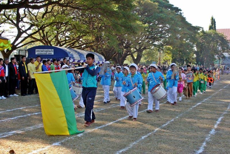 Парад в дне спорта основных студентов стоковая фотография rf