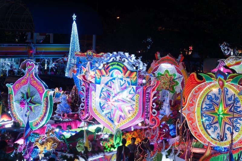 Парад фестиваля звезды рождества в Sakon Nakhon, Таиланде стоковое фото rf